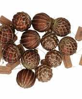 12x glazen kerstballen bruin met goud 6 cm