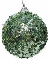 1x mintgroene kerstballen 8 cm met folie strookjes kunststof kerstversiering
