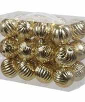 24x gouden kerstballen 6 cm kunststof plastic kerstversiering