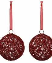 2x linnen kerstballen rood met lint 15 cm