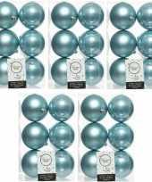 30x ijsblauwe kerstballen 8 cm glanzende matte kunststof plastic kerstversiering