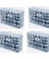 4x pakket met 100x zilveren kunststof kerstballen 3 4 en 6 cm