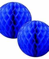 4x papieren kerstballen donkerblauw 10 cm kerstversiering