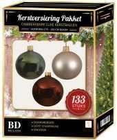Complete kerstballen set 133x licht parel champagne donkergroen mahonie bruin voor 180 cm kerstboom
